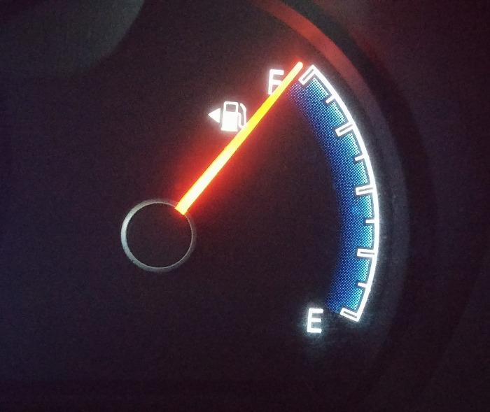 fuel-gauge-408333_1920