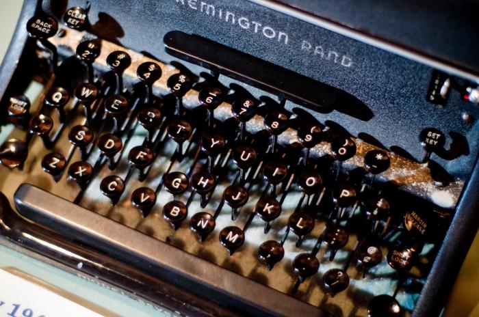 9046_Typewriter