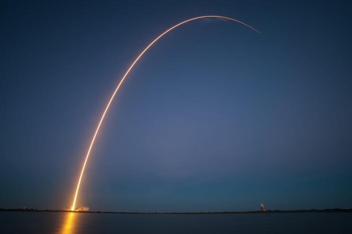 rocket-launch-693236_1920