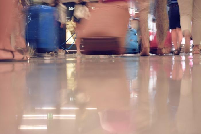 airport-1503332_1920