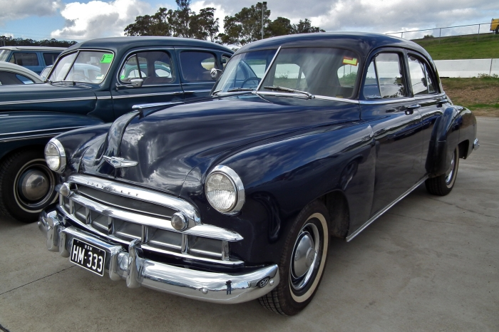 1949_Chevrolet_sedan_(6102248031)
